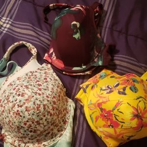 Bundle of cacique bras